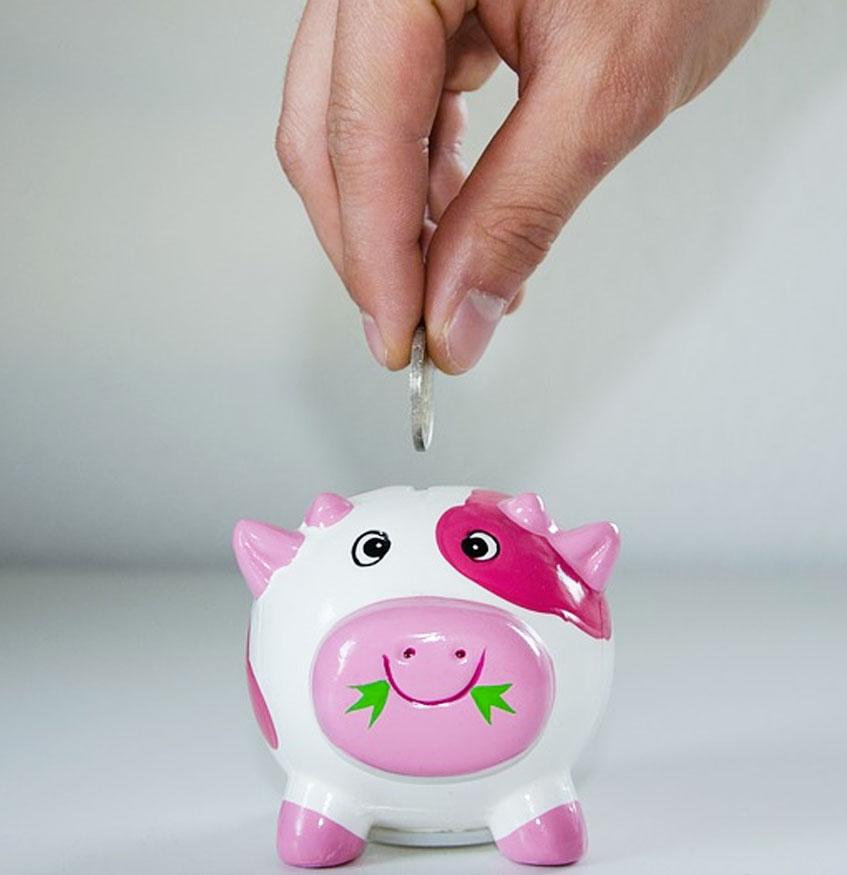 É possível ficar rico investindo na poupança? Descubra!