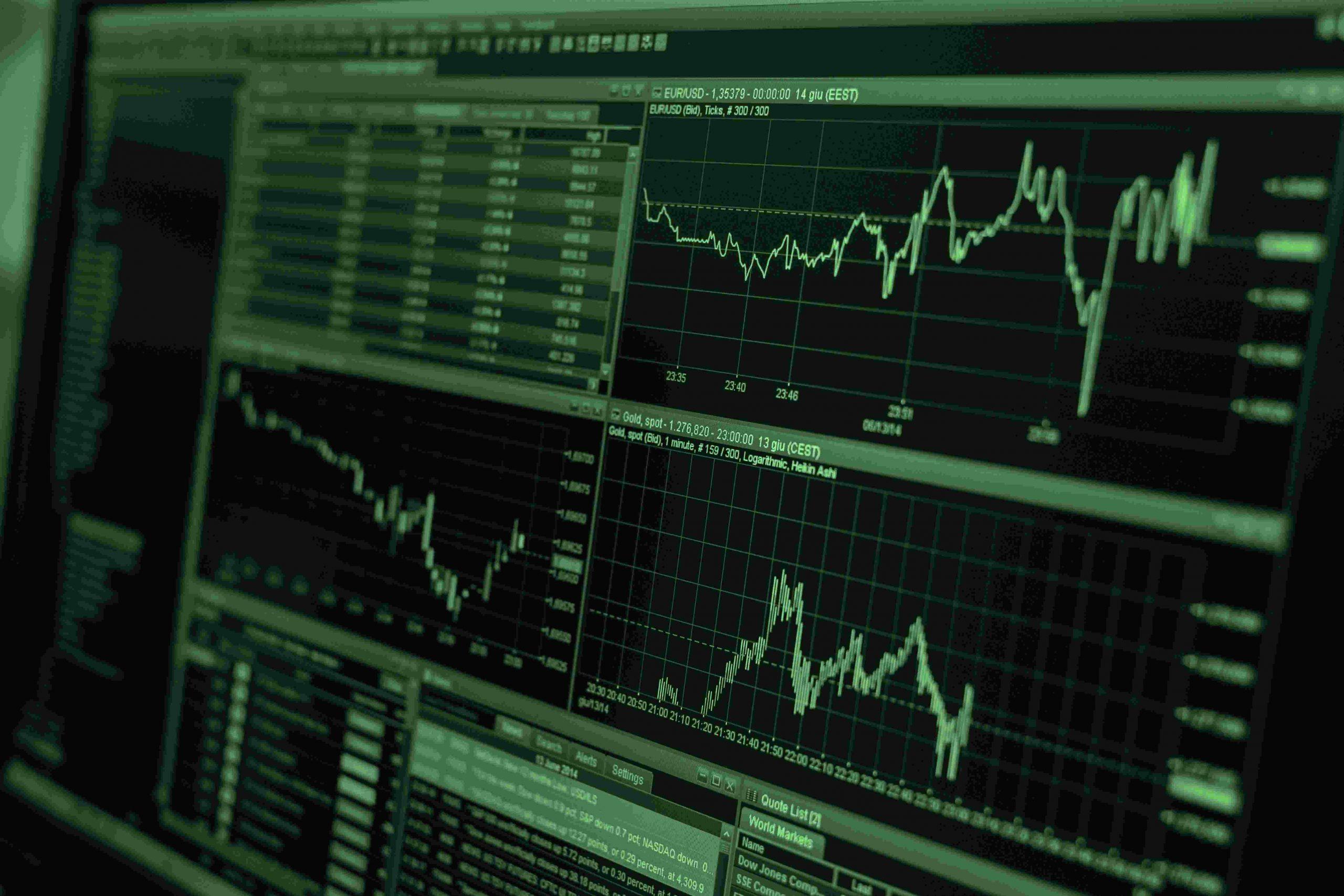 O IPO vem da sigla em inglês Initial Public Offering, em português, Oferta Pública Inicial (ou OPI)